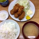 とんかつ山家 - 「カキフライ定食」950円(税込)