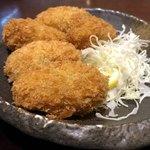 うなぎ 串焼きと九州料理 芋蔵 - 大粒カキフライ