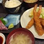 95266625 - エビカキランチ[刺身]1000円(税込)カキフライ大きくて美味しかった♪