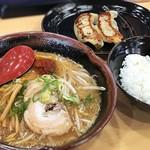 北海道ラーメン 麺処うたり - 料理写真:
