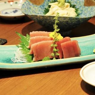 店主厳選日本酒の肴は旬の素材が盛りだくさん!