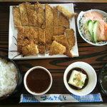 定食 丸仲 - とんかつ定食B (650円)