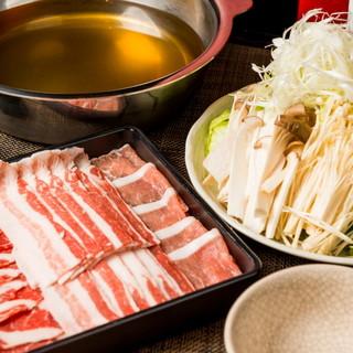 当店自慢『とんしゃぶ』最高ランクのイベリコ豚使用!