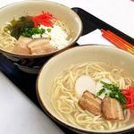 真栄田そば - 料理写真: