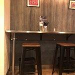 新加坡肉骨茶 - お一人様用のカウンター席