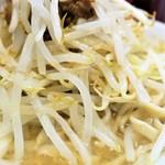 ラーメン二郎 - 野菜(デフォ)