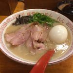 95295164 - 「博多味玉らーめん」790円「チャーシュー」200円(税込)