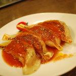 太陽のトマト麺 - トマト餃子