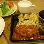 ジョイフル - 「チーズハンバーグ&サイコロステーキ(699円)+洋食セット・スープバー付(セット価格199円)」