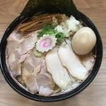 塚本 一盃 - 特製豚骨魚介ラーメン950円