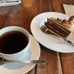 自家焙煎 美麻珈琲 - みあさブレンドとコーヒーケーキ