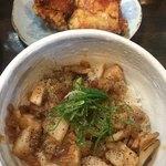 麺や ひなた -  柚子胡椒ぽん酢のチャーシュー炒め丼 鶏唐揚げ(*´∀`*)