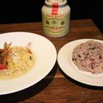 ミール カフェ - 奥三河鶏のグリーンカレー