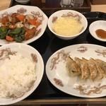 餃子の万来 - 料理写真:お好みセット=940円
