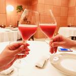 95316541 - 〈乾杯〉木苺のシャンパン@1700×2