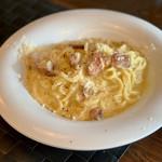 パスターヴォラ - 麺がもちもちでソースが良く絡む! このカルボナーラ絶品☆*:.。. o(≧▽≦)o .。.:*☆
