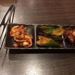 焼肉 天道 - 料理写真:キムチ盛り合わせも別途