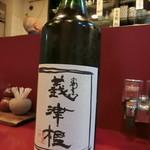 すっぽん・割烹 義津根 - 酒四合瓶、2,800円