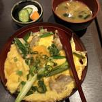郷どり 燦鶏 - 九条ねぎの塩親子丼@980円
