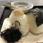 手打ちうどんの店倭 - こちら、ご飯が美味しいから、おにぎりも美味しいですよ!(2018.10.27)