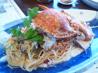 マーロウ 本店 - 魚介のブランデークリームソーススパゲティー
