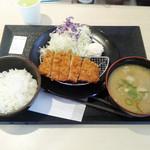 松のや - 料理写真:得朝ロース定食+豚汁