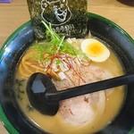 札幌ラーメン熊吉 - 味噌ラーメン(800円)