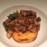 ジャッジョーロ銀座 - 三種の肉のトスカーナ風煮込み