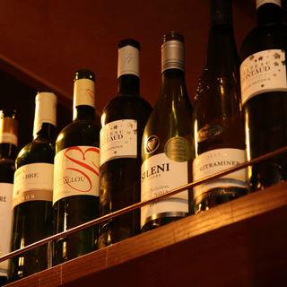 【選べるグラスワインは40種類以上】