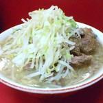 ラーメン二郎 - ラーメン二郎@川崎店 小ぶた・野菜・カラメ(800円)