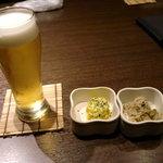 隠れ菴忍家 - プレミアムモルツ(550円)とお通し(380円)