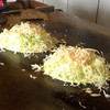 お好みハウスのんのん - 料理写真:たっぷりキャベツと、モヤシと天かす