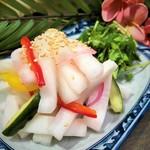 フレッシュ野菜の自家製ピクルス