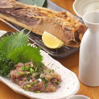 お料理に合わせて珍しい日本酒なども。月~木お得なサービスあり