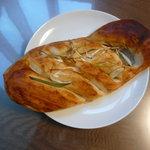 ブーランジェリーラ・ブペ - ねぎみそパンです。