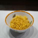 小熊飯店 - 上海蟹みそご飯