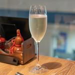 焼き鳥と水炊き とこしま - 2018.10 ワイン飲み放題(90分 2,300円)