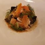 95368086 - イカスミを練り込んだフェットゥッチェ、太刀魚、カラスミ、ウイキョウのソース