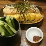 炭火串焼 鶏ジロー - きゅうり辛味噌  納豆チーズ厚焼き玉子