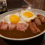 天馬咖喱 - 料理写真:ベーコンソーセージエッグカレー