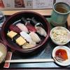 兼六寿司 - 料理写真:ランチにぎり¥900-