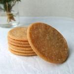 ベッジュマン&バートン - 薄焼きクッキー。