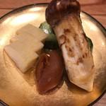 柚木元 - 松茸の味噌漬け他香の物