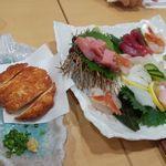 築地寿司清 - 料理写真:刺身三人盛りとさつま揚げ