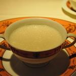 レ・セレブリテ - カブのスープ