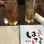 厳選焼肉はな - 左ウーロン茶250円 右ジンジャーエール250円