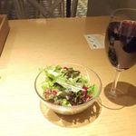 (る)ハレノヒ - ワインとサラダ