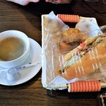 喫茶フォーゲル - 料理写真:ホット&焼き立てパン