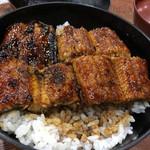 しまや - 料理写真:・鰻丼<上>