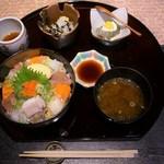 京いろめし 洛匠 - 海鮮丼のセット